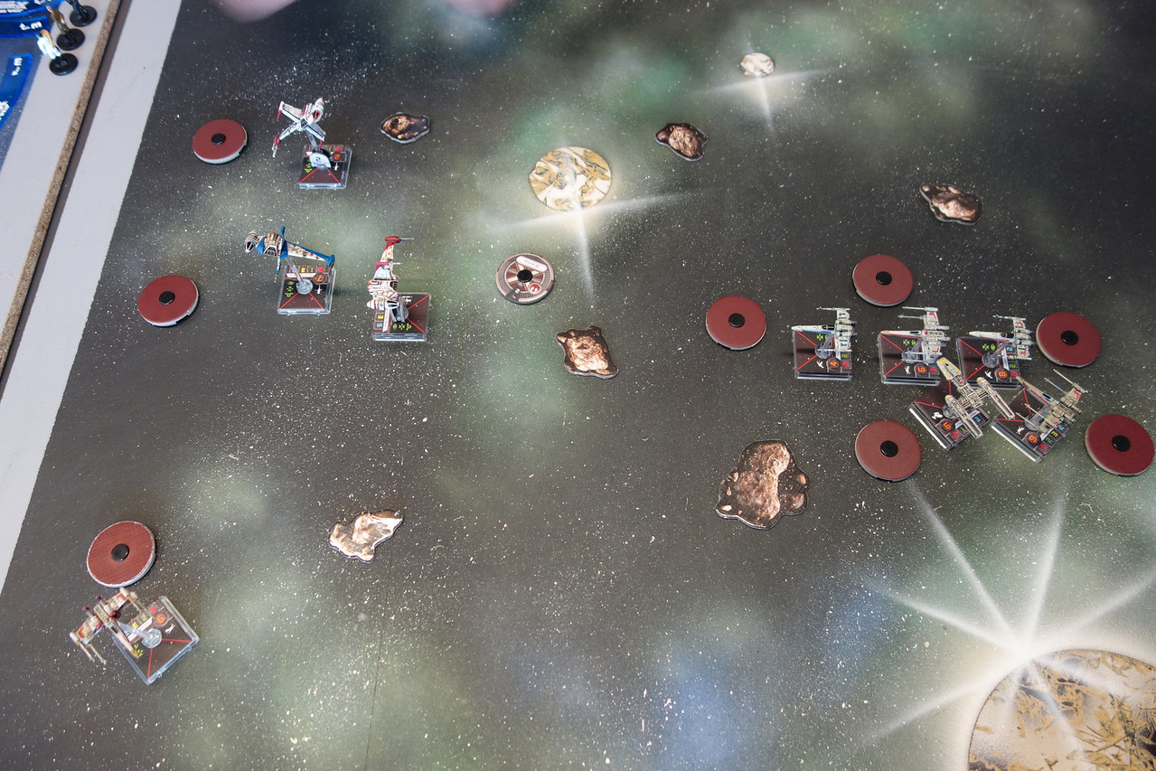 Third match at Viking Con 2014 Escalation. Here with 120 point squad, against another rebel squad with three B-wings and one X-wing (Wedge). Squads closing on each other.