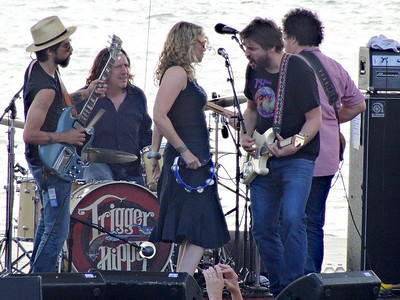 Trigger Hippy is an American Rock and Roll band composed of Black Trigger Hippy: Black Crowes drummer Steve Gorman, session guitarist Tom Bukovac, singer Joan Osborne, singer/songwriter and Black Crowes guitarist Jackie Greene and bassist Nick Govrik.