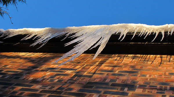 The Birkdale Icicles - Christmas 2010