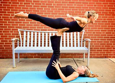 Y2 Partner Yoga