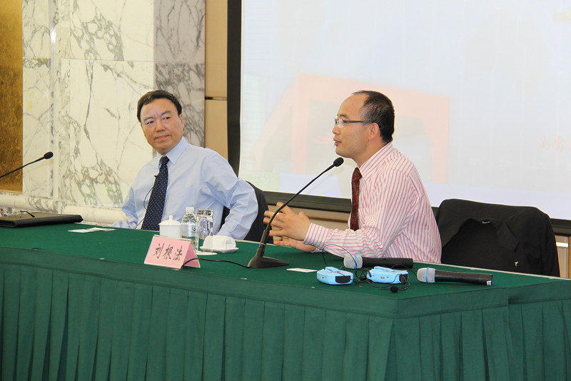 Haishan Jiang Vice President 姜海山副院长<br /> Harry LIU Genfa, Deputy Director, International Exchange Dept, <br /> at China Executive Leadership Academy of Pudong 浦东干部学院, Party School.