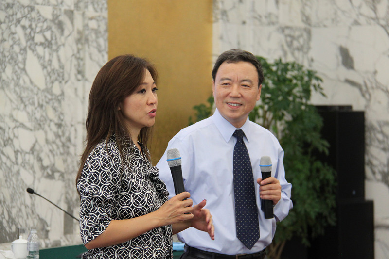Haishan Jiang Vice President 姜海山副院长<br /> YGL Peggy Liu<br /> at China Executive Leadership Academy of Pudong 浦东干部学院, Party School