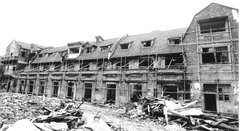 Construction of La Maison