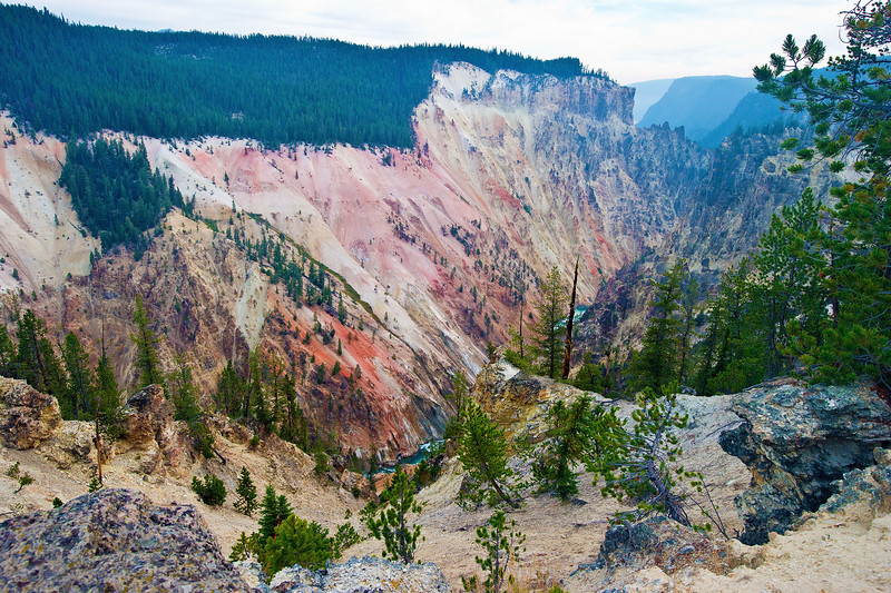 Grand Canyon of the Yellowstone Looking SE from Artists Point_D3S1082_1