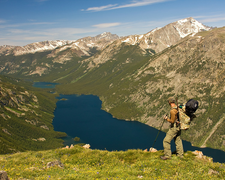 Backpacker Overlooking Mystic and Island Lake, Phantom Creek Trail, Absaroka-Beartooth Wilderness, MT