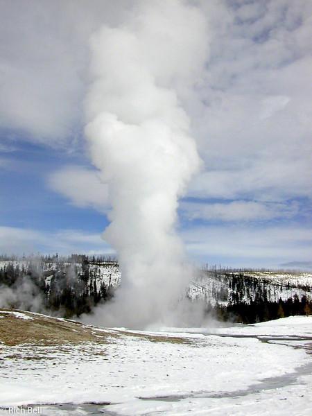 20100721Old Faithful in Yellowstone 20055