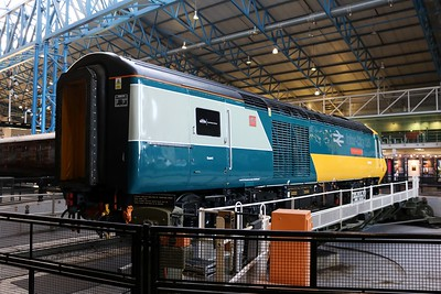 Class 43 HST 43002 'Sir Kenneth Grange'   30/12/19