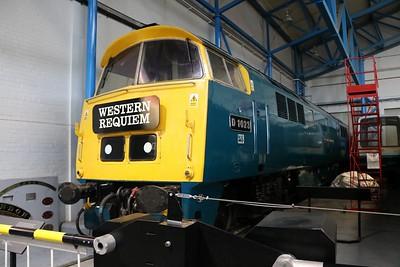 Class 52 D1023 'Western Fusilier'   30/12/19