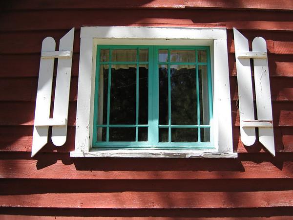 Window on Spelt Rd, Wawona, Yosemite.  I need to crop this... www.kevitivity.com