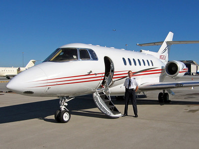 Waiting for passengers with the Hawker 1000, October 2008