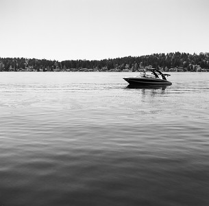 Lake Sammamish, 2014. Negative: Ilford, 100 ASA. Zeiss orange (371) filter for better contrast.