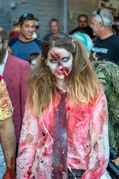 2016 omaha zombie walk-36
