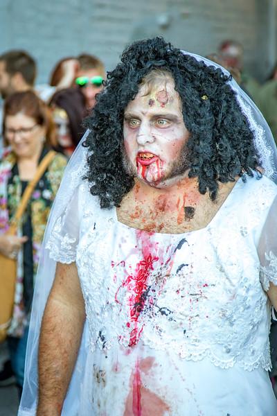 2016 omaha zombie walk-34