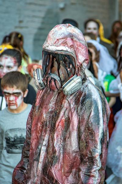 2016 omaha zombie walk-32