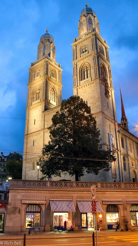 20040930Gross Munster Church in Zurich Switzerland0550