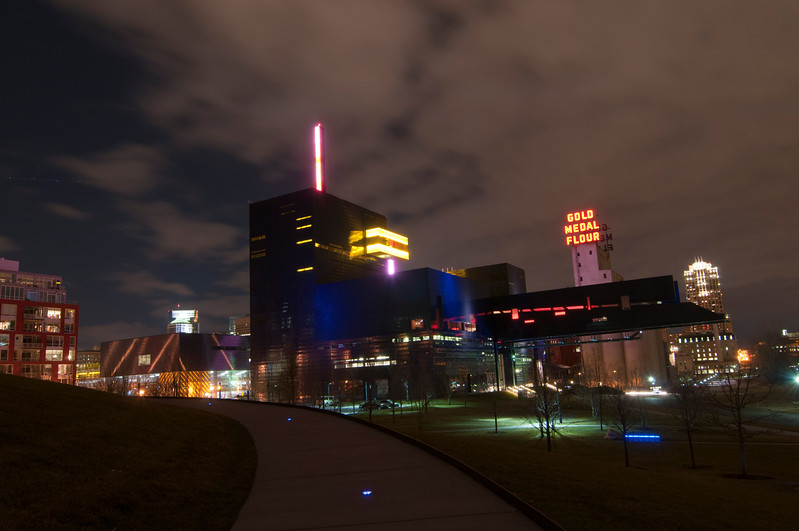 Guthrie Theatre with the Gold Medal Flour sign in the background.