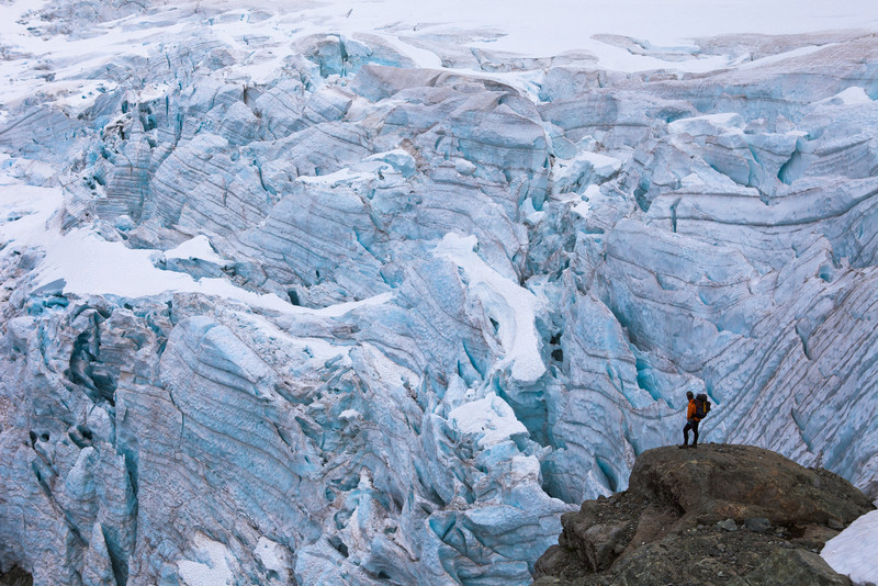 Tom contemplates the descent into the head of the Donne Valley past the Taoka Icefall.
