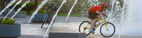 dede, plaza, fountain, night, bicycle