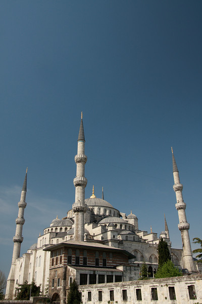 The Sultan Ahmed Mosque, commonly known as the Blue Mosque (for its interior tiles), in Istanbul. This spectacular mosque was built 1000 years after the nearby Hagia Sophia but failed to surpass it in architectural ingenuity.
