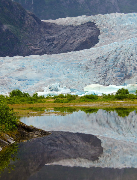 Mendenhall Glacier, Juneau, Alaska.