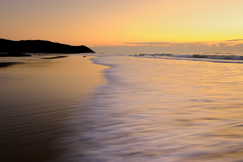 Sunrise at Seven Mile Beach, New South Wales.