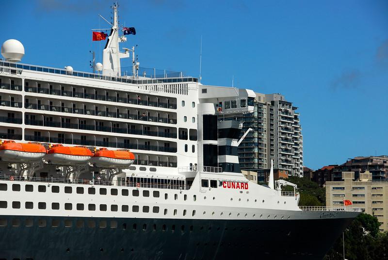 Queen Mary 2 b srgb