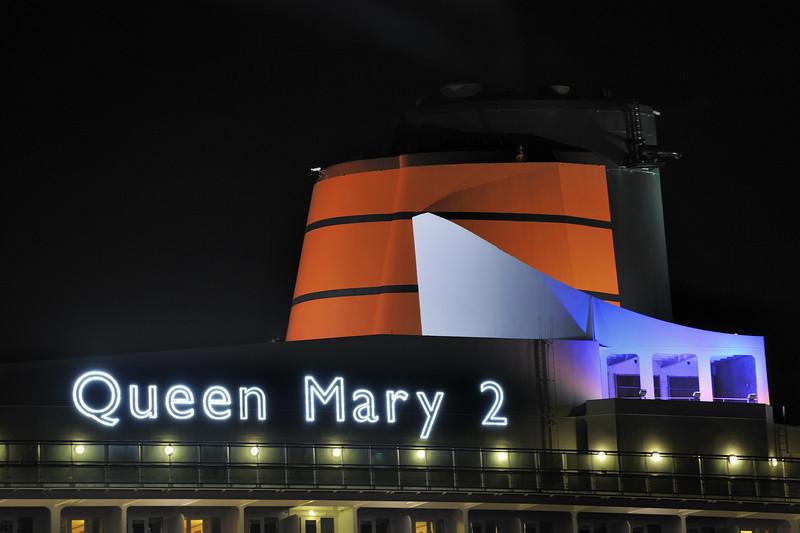 Queen Mary 2 funnel Garden Island