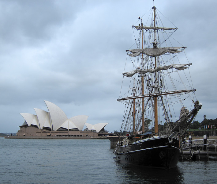 Sydney Opera House and Southern Swan. 1850s style tall ship.