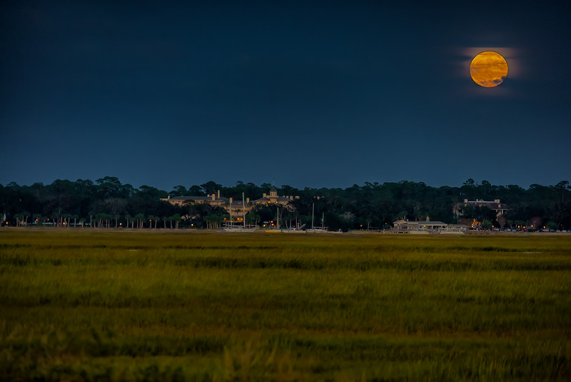 Moonrise Over Jekyll Club Hotel