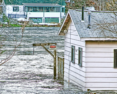 Flooded Home in Oxford. RTE 34