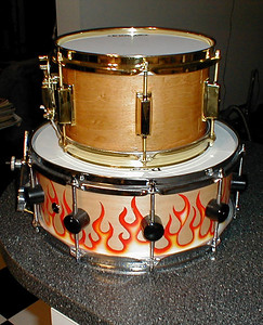 "Little 10x8 ""Pop Corn"" snare... Sounds nice, My nephew Nick is using this one now.."