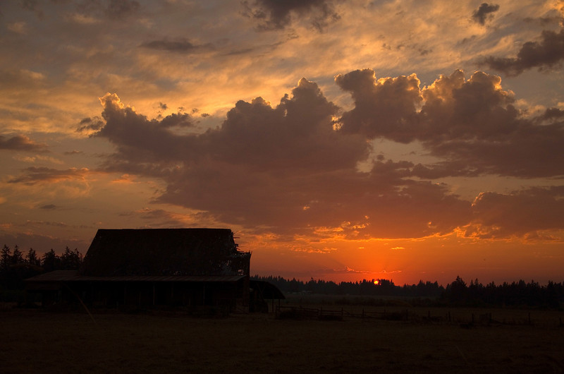15  G Sunset Barn
