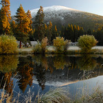 Crisp-fall-morning-reflections-black-butte-KateThomasKeown_DSC5420 copy2