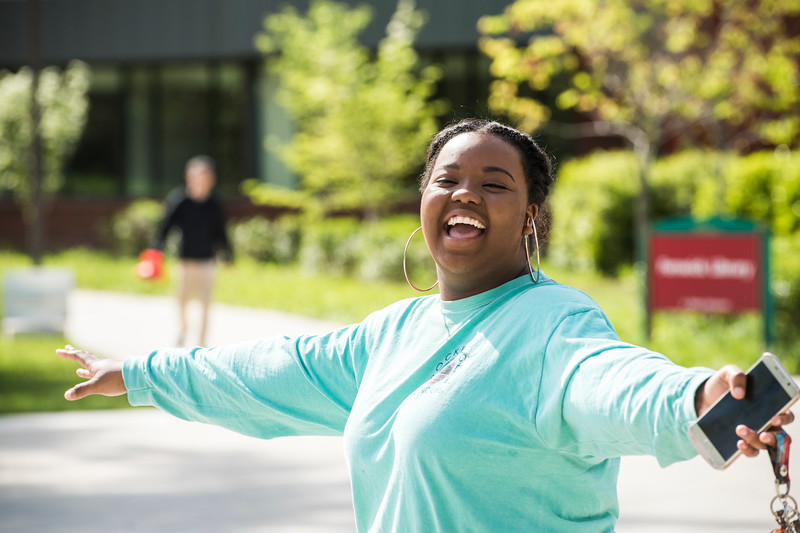 Student life on the Fairfax Campus.  Photo by:  Ron Aira/Creative Services/George Mason University