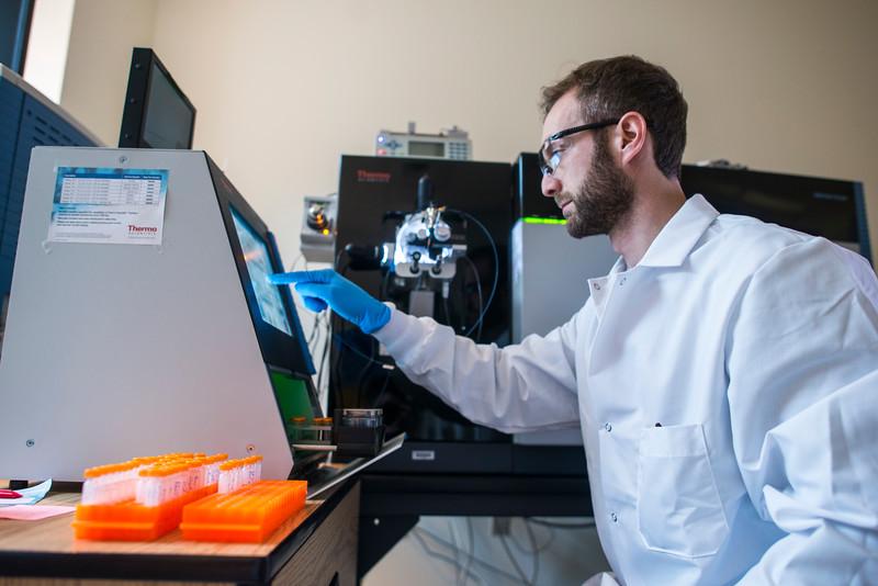 Applied Proteomics and Molecular Medicine