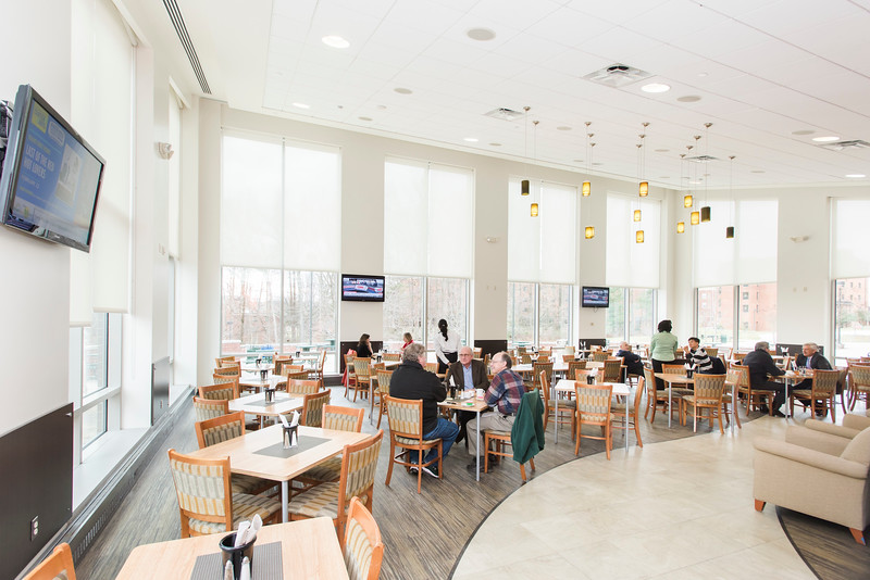 The Mason Club, a new faculty and staff dining room and lounge opens in Fairfax Campus.  Photo by:  Ron Aira/Creative Services/George Mason University