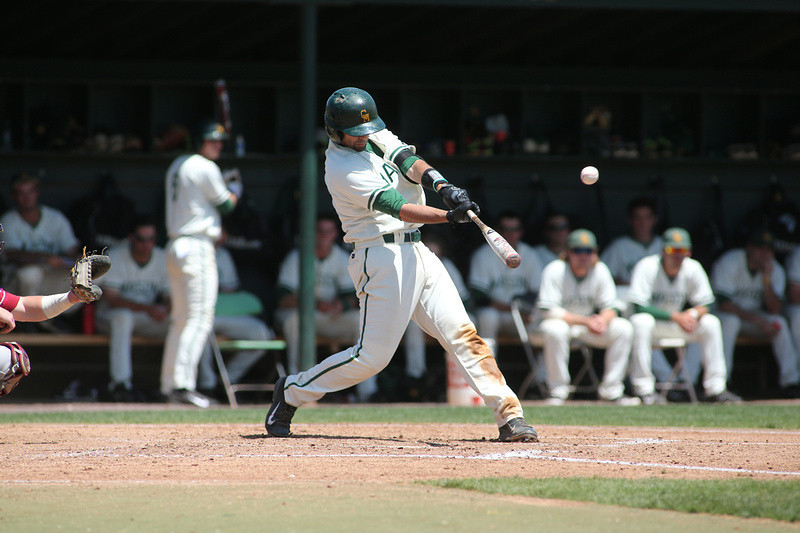 George Mason University baseball team plays against Saint Joseph's on May 10, 2014. Photo by George Mason Unversity Athletics