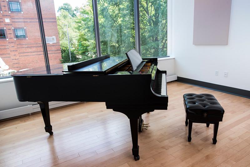 Katrina Sapp, Piano Technician
