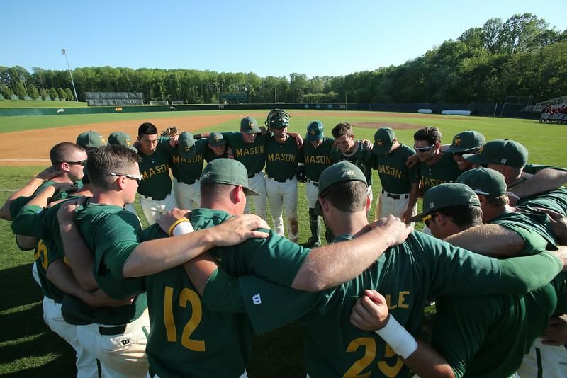 George Mason University's mens baseball team.   Photo by Craig Bisacre/Creative Services/George Mason University