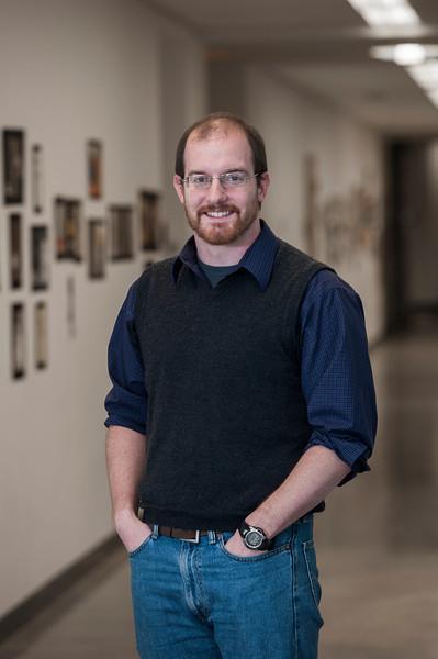 Professor Chris Totten portrait at Fairfax campus. Photo by Alexis Glenn/Creative Services/George Mason University