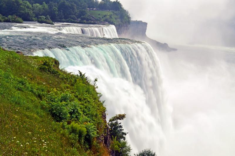 "Niagara Falls<br />  <a href=""http://en.wikipedia.org/wiki/Niagara_Falls"">http://en.wikipedia.org/wiki/Niagara_Falls</a>"