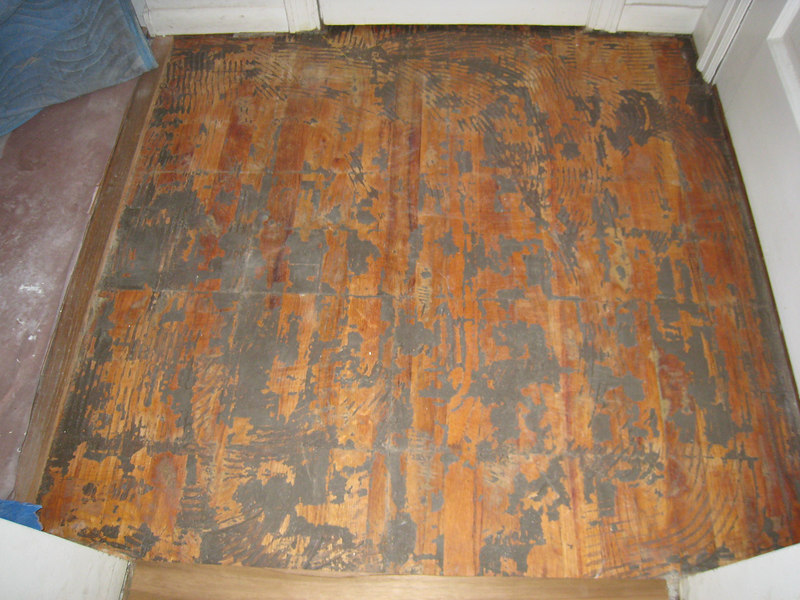 This is the fir under the teak floor.   There will be tile here a few pictures down the line...