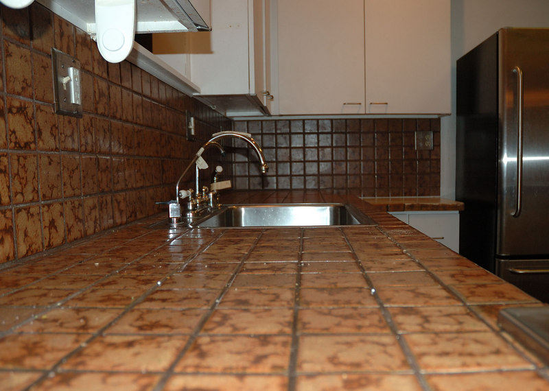 Old tile (and grout!) c. 1978<br /> Don't you just hate old grout?