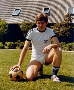 1978 picture of Franz-Michael Skjold Mellbin in his football gear from Copenhagen, Denmark