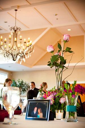 Long stem roses floral arrangement wedding table centerpiece