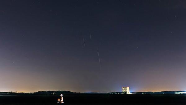 Watching Geminid meteors at Fermilab.