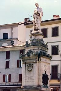 Statue of Volta, Como, Italy.