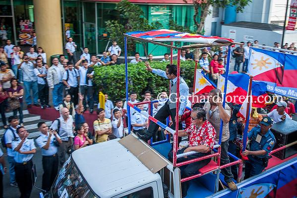 Manny Pacquiao Arrive Manila 0310-9