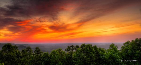 Sunrise from Blue Ridge Parkway, NC.