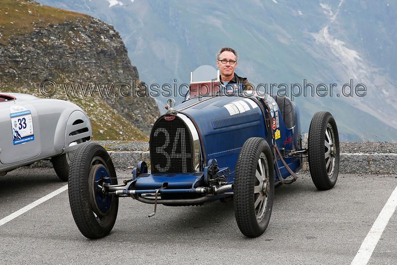 schon ´mal Probesitzen im Traumwagen.... und mit dem Sparen anfangen....<br /> Bugatti T 35B, Großglockner Grand-Prix 2014